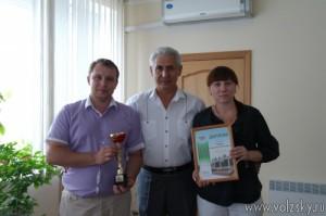 narodnomu-deputatu-volzhskogo-vruchili-zasluzhennuyu-nagradu